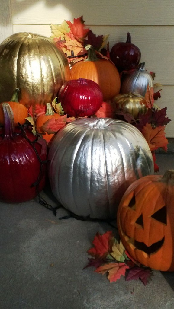 gold-silver-spray-painted-pumpkins
