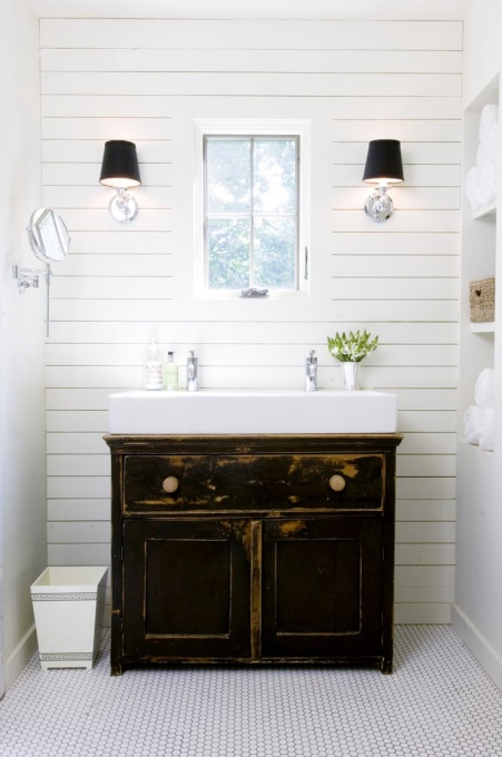 The White Plank Wall Trend Through The Front Door